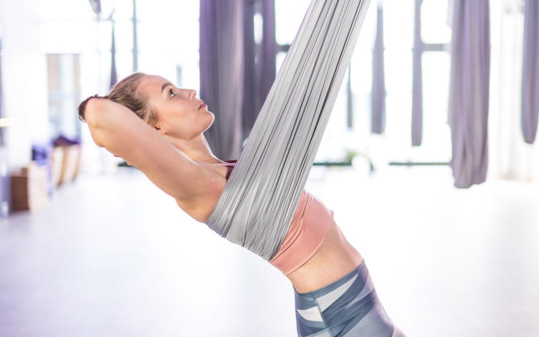 Air Jooga avaa hengityksen, notkistaa kehon ja vapauttaa mielen